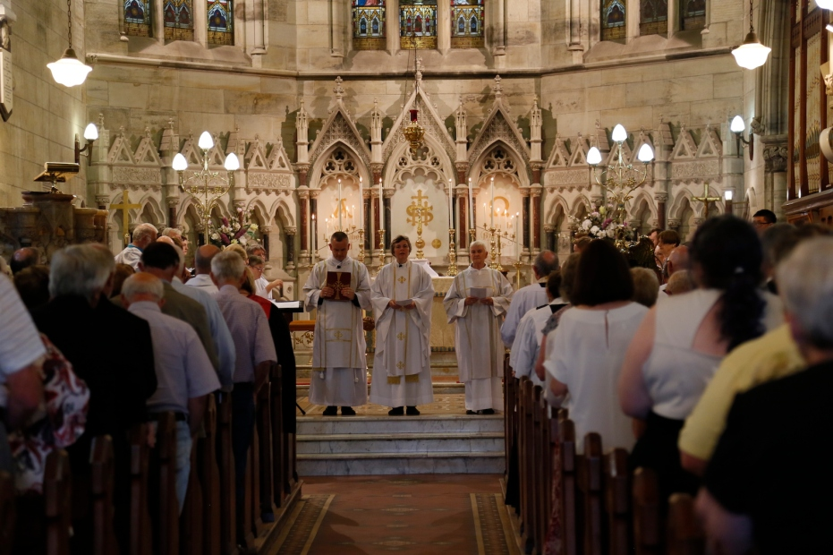 2017-11-25 Synod Mass at St Peter's 4