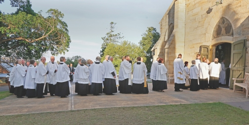 2017-11-25 Synod Mass at St Peter's 8