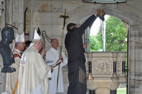 2012-11 Commissioning of Fr David 126