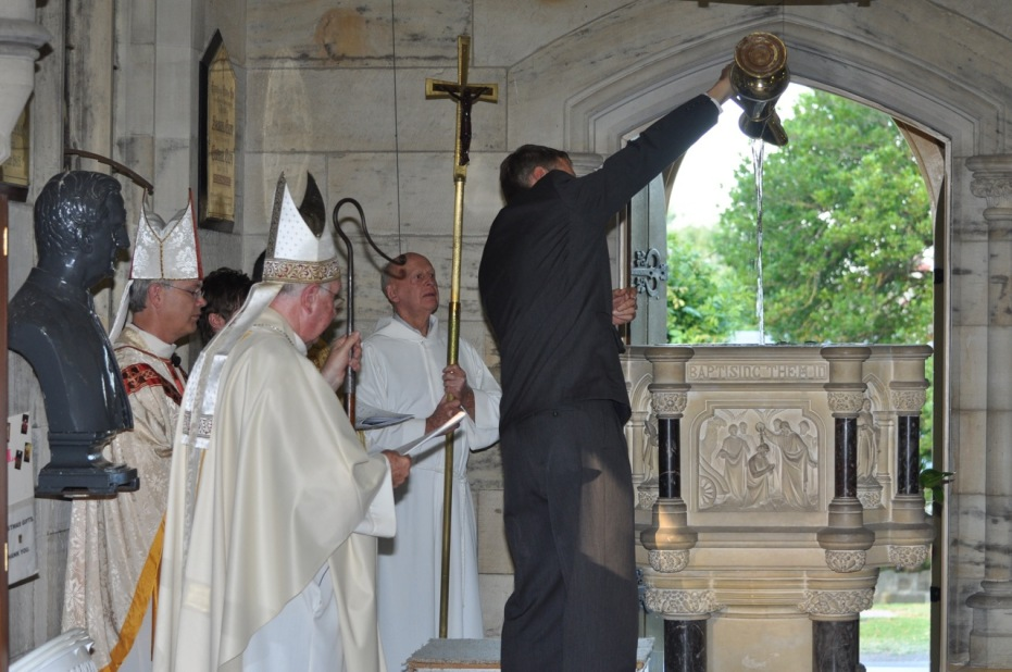 2012-11 Commissioning of Fr David 131