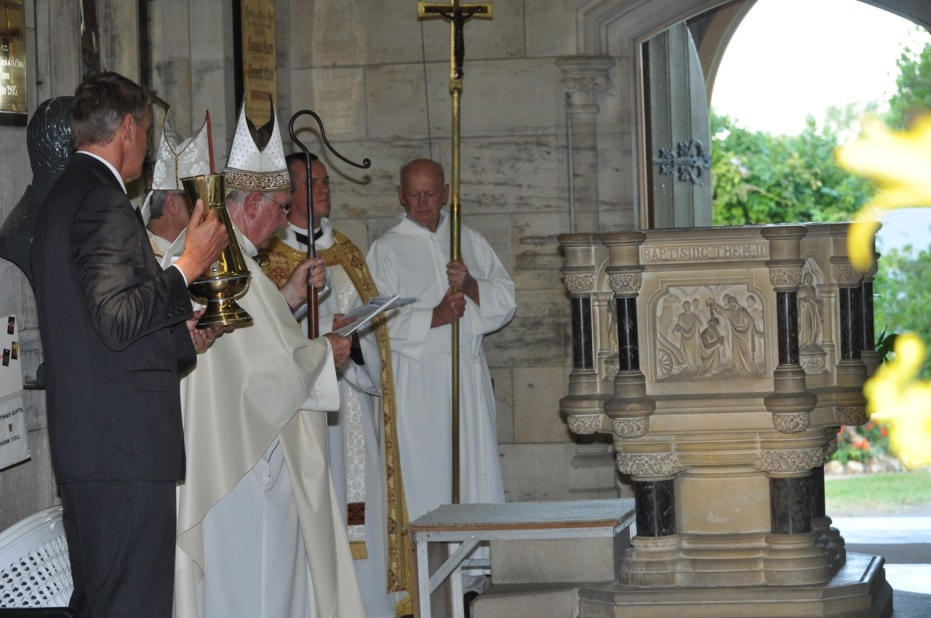 2012-11 Commissioning of Fr David 176