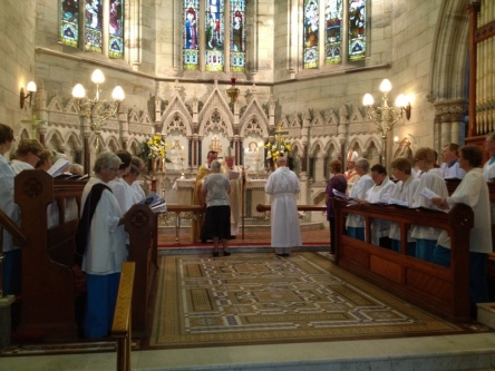 2012-11 Commissioning of Fr David 208