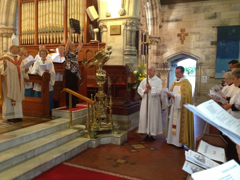 2012-11 Commissioning of Fr David 211