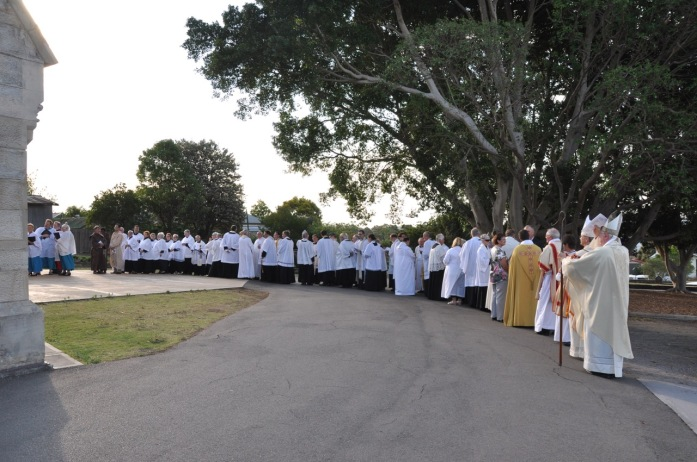 2012-11 Commissioning of Fr David 4